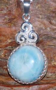 Larimar Round Pendant in Sterling Silver with Triskele Knot
